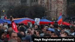 Никол Пашинянды қолдау акциясы. Ереван, наурыз айы 2021 жыл.