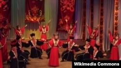 Исполнения национального танца калмыков