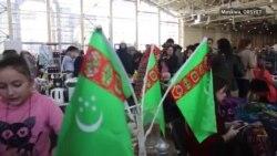Türkmenler Moskwada Nowruzy bellediler