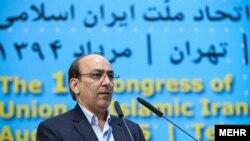 شکوریراد نماینده مجلس ششم و از اعضای جبهه مشارکت ایران اسلامی بود که از سوی قوه قضاییه منحل شده است.