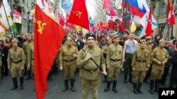 Demonstranți pro-ruși manifestînd la Odesa