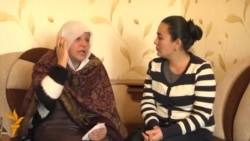 """Модари Фархунда: """"Куштори духтарам намунаи беҳуқуқии занони афғон аст!"""""""
