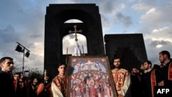Қырғын құрбандарын канонизациялау рәсімі. Ереван, 23 сәуір 2015 жыл.