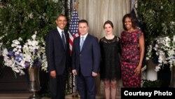 Претседателот на САД Барак Обама и премиерот Никола Груевски со сопругите на приемот што го приреди претседателот на САД за лидерите на земјите учесници на 68. Генерално собрание на ОН.