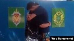 Зустріч Михайла Дорошенка з мамою у Криму