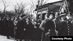 Дэманстрацыя працоўных у Менску, люты, 1917 год