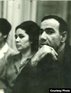 Sabir Əhmədli həyat yoldaşı Şaban xanımla