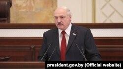 Аляксандар Лукашэнка падчас звароту