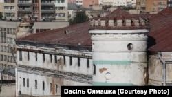 Сьледчы ізалятар №1 у Менску —«Пішчалаўскі замак» на вуліцы Валадарскага