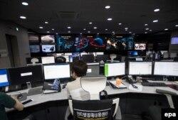 В агентстве Южной Кореи по компьютерной безопасности. Сеул, 28 июня 2017 года.
