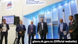 Сергій Аксьонов і президент французької інвестиційної компанії Thomas Vendome Investment Жан-П'єр Тома. Петербург