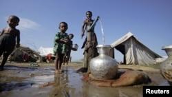 یک اردوگاه پناهندگان مسلمان میانمار