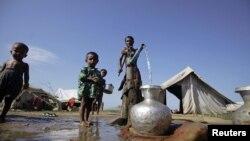 Мьянмадагы качкындар лагериндеги мусулмандар. 30-октябрь, 2012-жыл