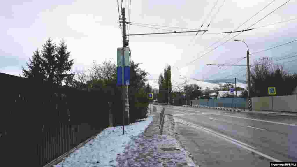 Чим ближче до Ангарського перевалу – тим більше снігу.