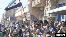 محتجون من كرد سوريا في منطقة القامشلي ذات الأغلبية الكردية