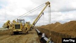 Әзербайжандағы газ құбыры құрылысы. 2010 жыл. (Көрнекі сурет)