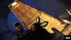Познатата лондонска саат-кула Биг Бен.