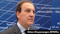 Посол Германии в Казахстане Гидо Херц. Астана, 10 сентября 2013 года.