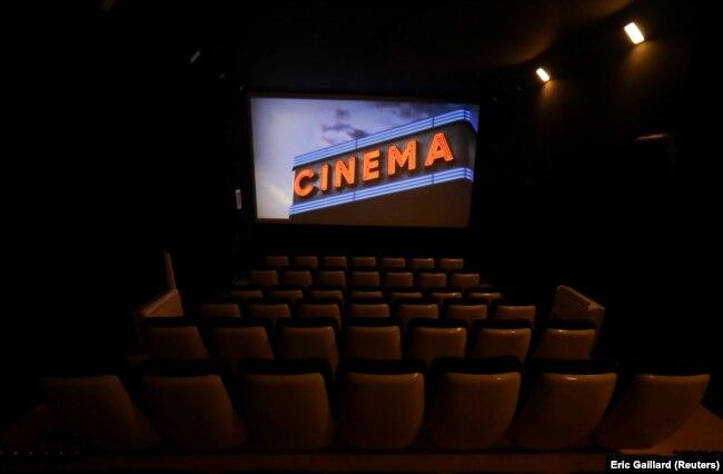 Koronavirusi ka detyruar që të mbyllen kinematë dhe teatrot në mbarë botën.