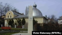 Monumentul în memoria victimelor pogromului de la Iași din 1941