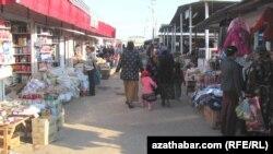 Farap etrabynyň merkezi bazary işläp başlady