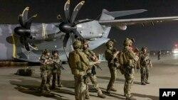 نیروهای خارجی در میدان هوایی کابل