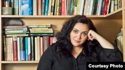 Andreea Răsuceanu, critic literar, București