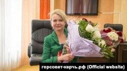 Лариса Щербула після призначення на посаду заступника голови міської ради Керчі