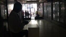 Блэкаут в Венесуэле: без электричества больше половины страны