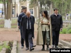 Саида Мирзияева на деловой встрече в Ташкенте.