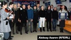 Актеры Немецкого драматического театра. Алматы, 17 февраля 2014 года.