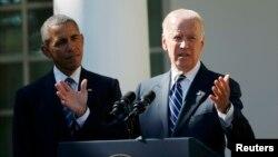 ԱՄՆ փոխնախագահ Ջո Բայդենը նախագահ Բարաք Օբամայի ներկայությամբ հայտարարում է, որ չի պայքարելու նախագահական ընտրություններում Դեմոկրատական կուսակցության թեկնածուն դառնալու համար, Վաշինգտոն, 21-ը հոկտեմբերի, 2015թ․