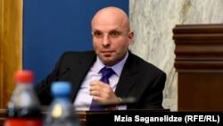 Диплом генпрокурора Шалвы Тадумадзе стал главной темой многочасового заседания парламентского комитета