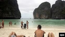 Турфирмы надеются, что пляжи Таиланда и впредь будут для россиян милее в Новый год, чем салат «оливье» в гостях у тещи