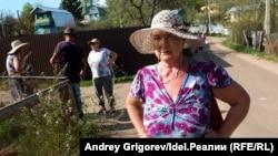 Владельцы садов на пути дороги-дублера