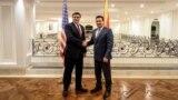 Премиерот Зоран Заев се сретна со заменик помошникот на државниот секретар на САД за Европа и Евроазија Метју Палмер во Скопје