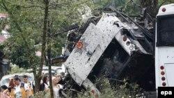 Взрыв автобуса в Турции. 7 июня 2016 года.