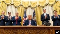 Președintele american Donald Trump a ajutat la medierea acestui dialog
