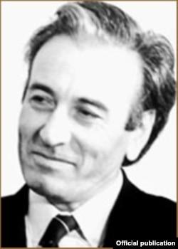 Belli türkmen kino režissýory Hojaguly Narlyýew.