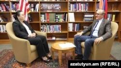 Իրանի հարցերով ԱՄՆ Պետքարտուղարության գլխավոր խորհրդական Լեսլի Ցոուն զրուցում է «Ազատության» հետ