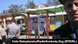 У Дніпропетровську вибухнула бомба на трамвайній зупинці