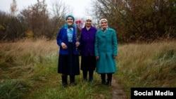 """Valentina, Hanna si Maria, protagonistele documentarului """"The Babushkas od Chernobil"""". Sursa pagina de Facebook a documentarului"""