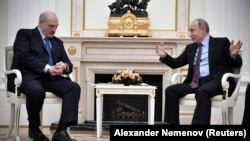 Мулоқоти Владимир Путин ва Александр Лукашенко дар рӯзи 25-уми декабр.