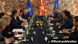 Претседателот Стево Пендаровски се сретна со членовите на Комисијата за одбрана и безбедност од Собранието.