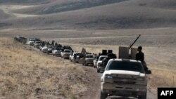 مسلحون على الجانب السوري من القلمون قرب الحدود مع لبنان