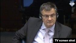 Mile Poparić u sudnici 27. listopada 2015