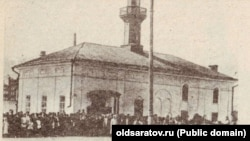 Первая мечеть была построена на этом месте в 1894 году