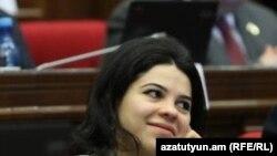 Депутат правящей фракции «Мой шаг», азербайджановед Татевик Айрапетян