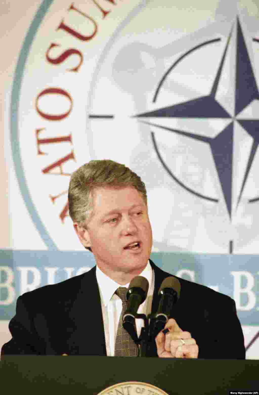U.S. President Bill Clinton announced a breakthrough in talks between the United States, Russia, and Ukraine at a press conference in Brussels on January 10, 1994. He said Ukraine had agreed to remove all nuclear weapon from its soil, eliminating the world's third-largest nuclear arsenal.