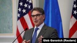 وزیر انرژی آمریکا گفته شرایط بازار جهانی نفت نسبت به ده سال گذشته بسیار متفاوت شده است.